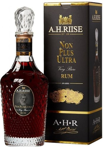 A.H.RIISE Non plus ultra Very rare 0,7l